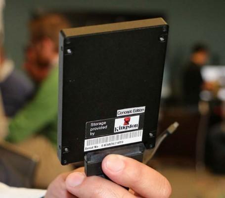 Demo de ASUS SSD HyperXpress-2