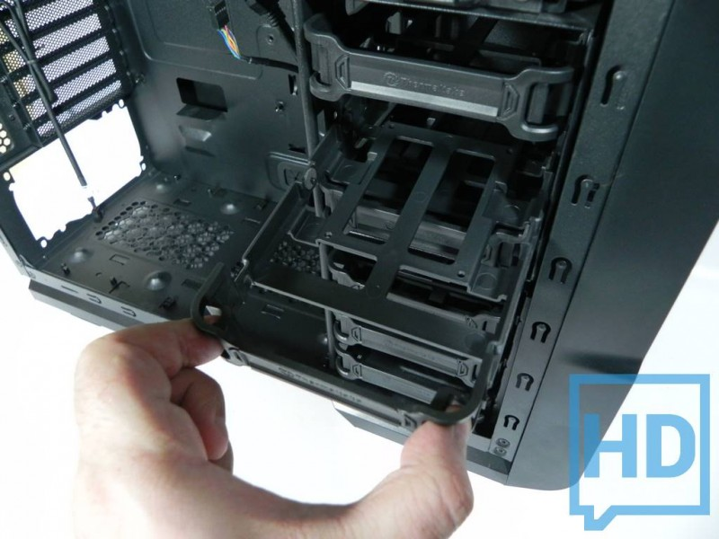 gabinete-thermaltake-chaser-a31-12