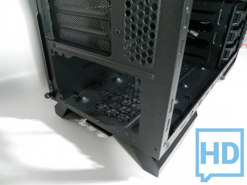 gabinete-thermaltake-chaser-a31-19