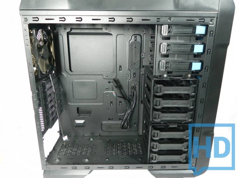 gabinete-thermaltake-chaser-a31-9