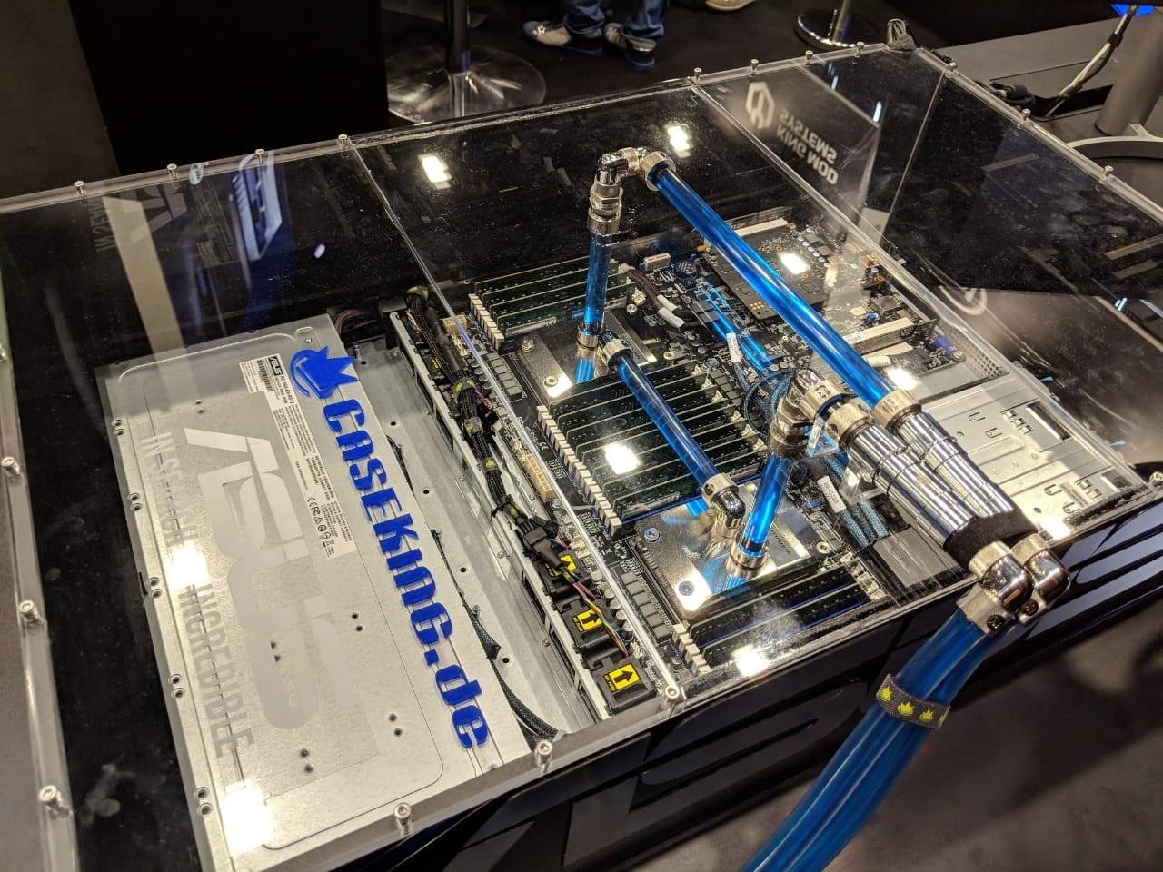 Así se ve el sistema doble socket mas rápido del mundo, ensamblado por Der8auer.
