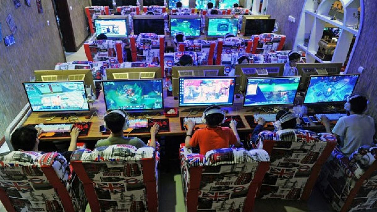 Los videojuegos 'afectan' a la salud de los menores — China se justifica